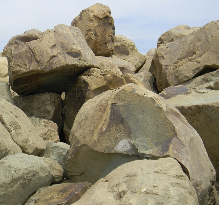 Wholesale landscape materials low prices fast delivery for Landscape rock delivery near me
